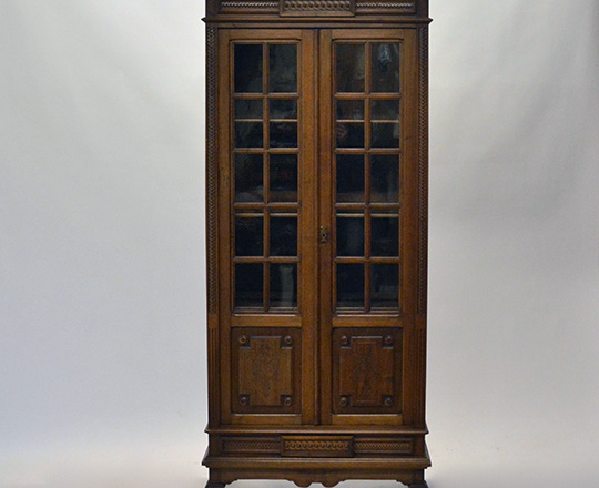 Lot 121_1: Small turn cent Louis XVI two door country walnut vitrine. H175xW78xD39cm.