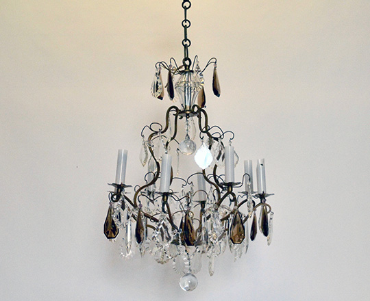 Lot 139: Early cent eight light two clolor crystal and brass  cage chandelier.