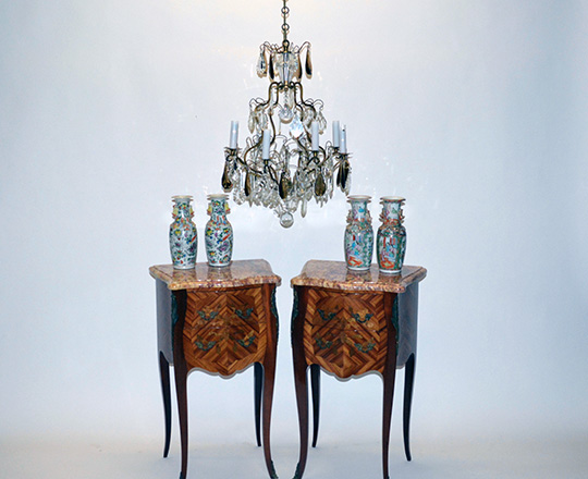 Lot 139_1: Early cent eight light two clolor crystal and brass  cage chandelier.