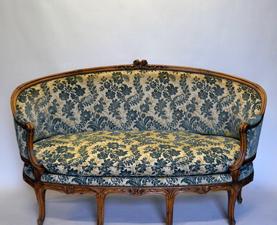 Lot 141: Early cent Louis XV finely carved ''Corbeill'' settee with (struck?) velvet. W175cm.