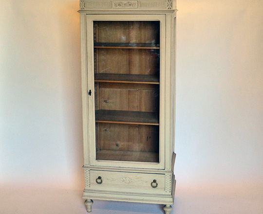 Lot 152: 19th cent Louis XVI single door painted vitrine. H