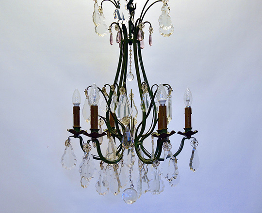 Lot 158: Early cent green painted iron six light, two tones crystal chandelier. H 64cm.