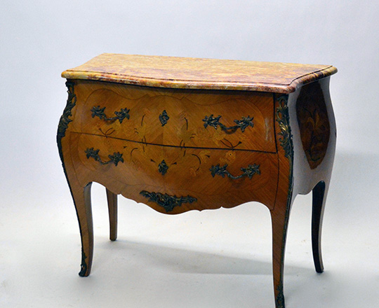 Lot 562: Louis XV style two drawer, marble top marquetry commode. H81,5xW100xD44cm.