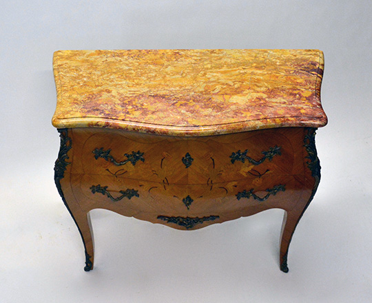 Lot 562_2: Louis XV style two drawer, marble top marquetry commode. H81,5xW100xD44cm.