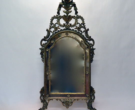 Lot 585: Large 19th cent Italian finely sculpted Rococo parecloses mirror. H186 x W93cm.